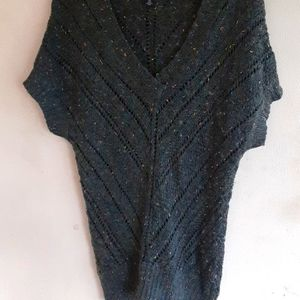 American Eagle Outfitters Sweater Medium